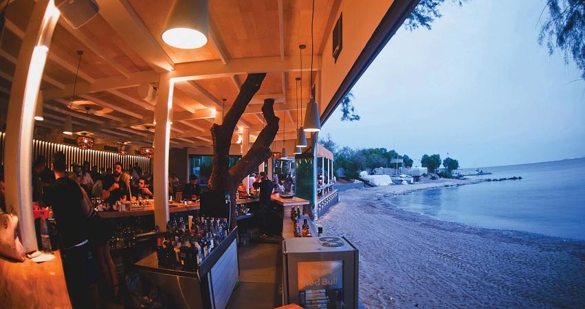 beach bar rubirosa